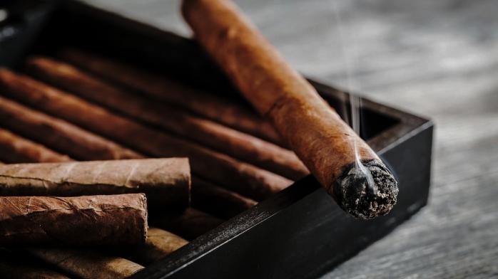 cigars-1200xx5526-3108-0-288